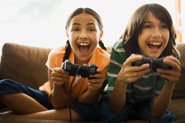 why children shouldn t play violent games Violent video games linked to child aggression kids shouldn't play games where hunting often the children played five different violent video.