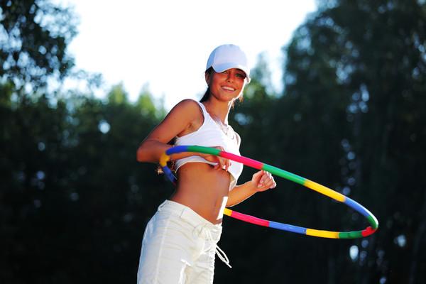 Программа фитнеса для похудения для девушек дома