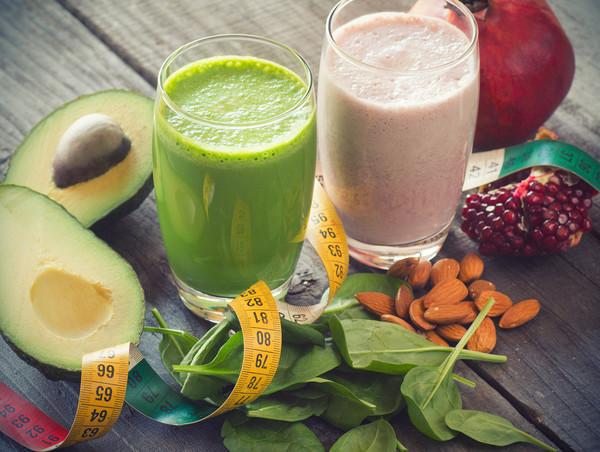 Как улучшить состояние кожи лица при помощи правильного питания.