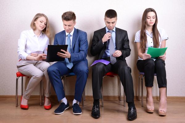 Многие владельцы малых бизнесов ищут сотрудников через соцсети