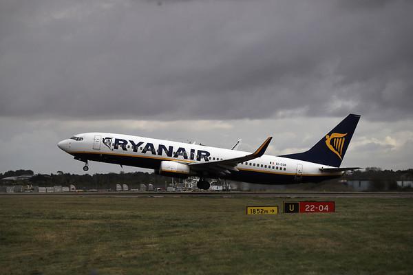 Ryanair также ведет переговоры об открытии баз в Польше