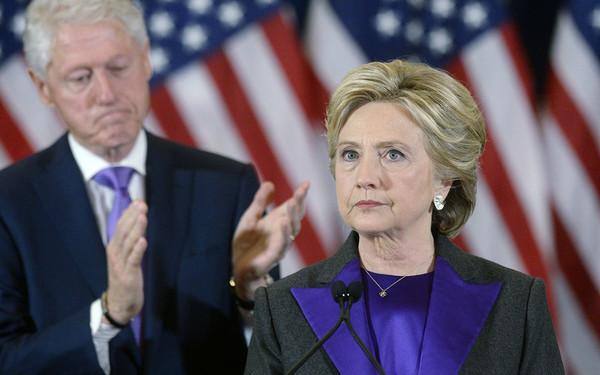 """Хиллари Клинтон заявила о намерении """"пролить свет на происходящее"""" в США"""