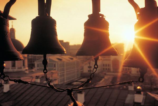 Крымчанин украл старинные колокола