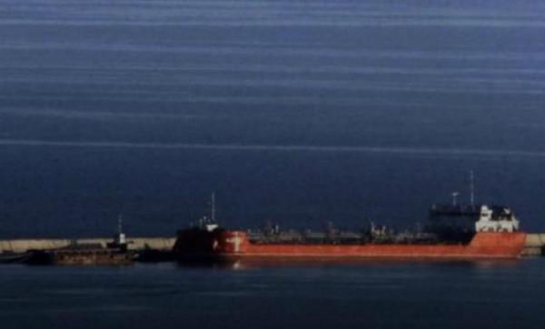 В Испании танкер РФ протаранил рыболовное судно - СМИ