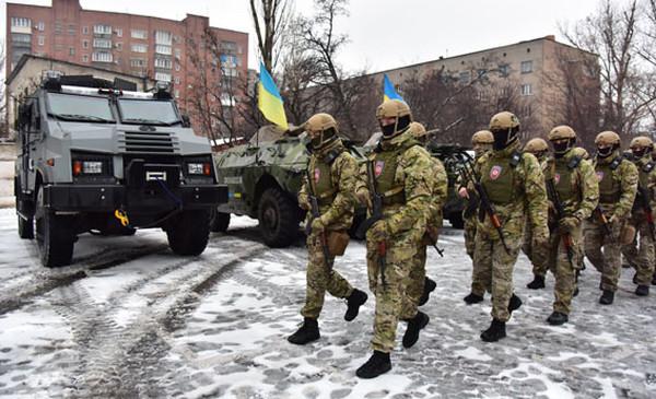 В полиции Донецкой области сформирован штурмовой отряд