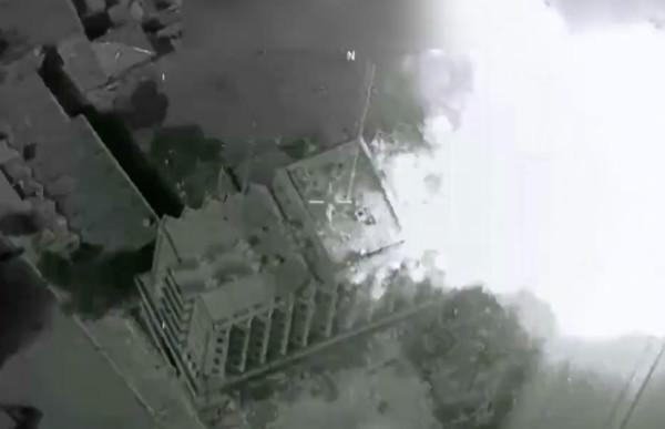 Опубликовано видео уничтожения глав ИГИЛ с воздуха