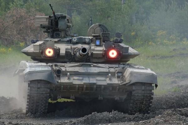 Россия направляет на Донбасс свое мощнейшее оружие
