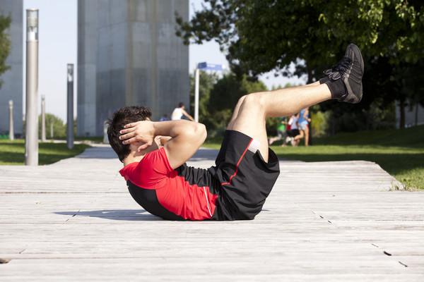 Прогонять живот можно не только упражнениями