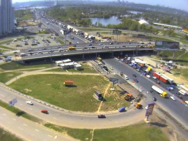 В сторону Южного моста будет ограничено движение