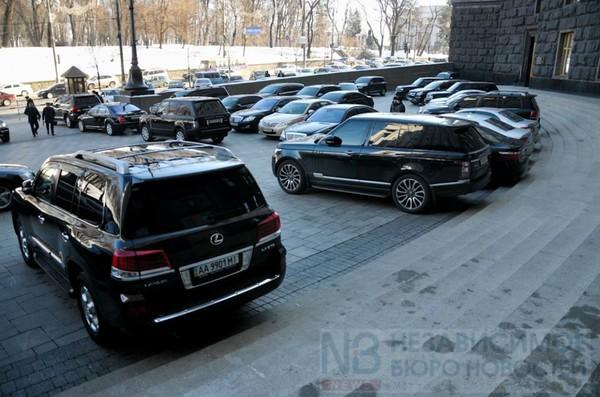 В автопарке Секретариата Кабмина 187 машин