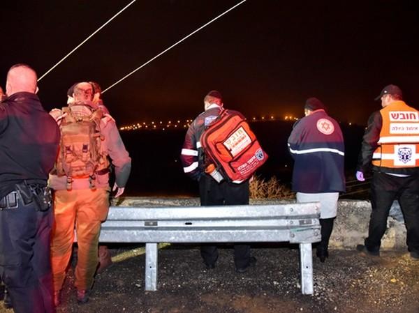 В Израиле автобус упал с обрыва