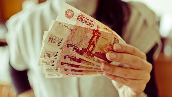 Поток фальшивых рублей в Украине увеличился