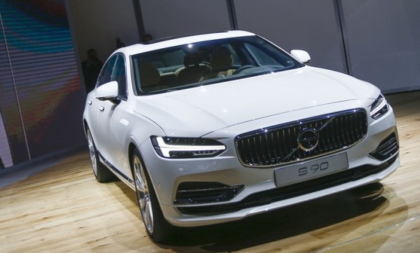 Впервые Volvo не стала самой продаваемой машиной в Швеции