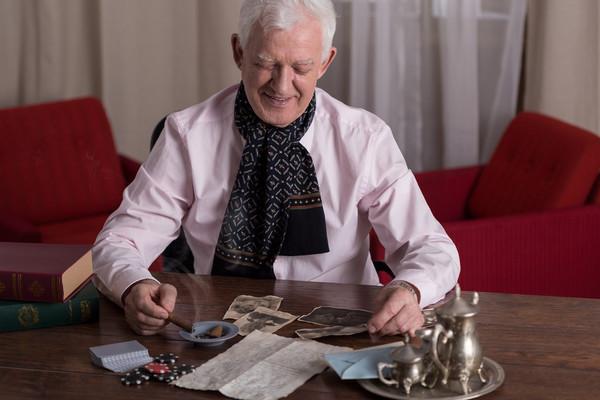Самую большую пенсию получает Герой Украины и летчик-испытатель