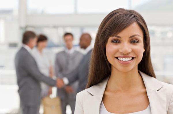 В Украине 58,1% женщин считают, что имеют равные возможности  с мужчинами в оплате труда