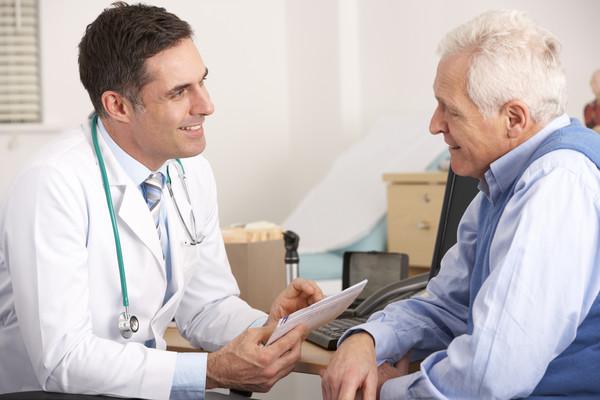 Кабмин объявил медицинскую революцию в 2017 году