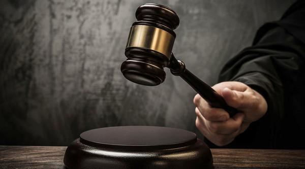 И суды, и скандалы