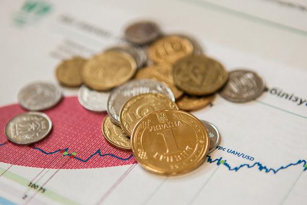 Зарплата в декабре любого года всегда выше, чем в январе, отметил Рева