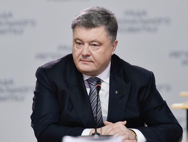 Порошенко выступил против введения абонплаты за газ