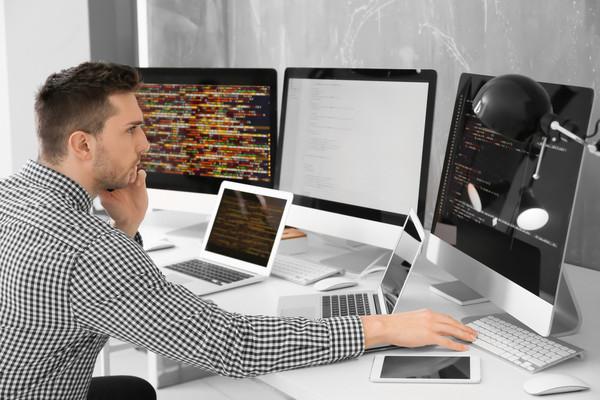 Наиболее активны в поисках специалисты, работающие в ИТ менее двух лет