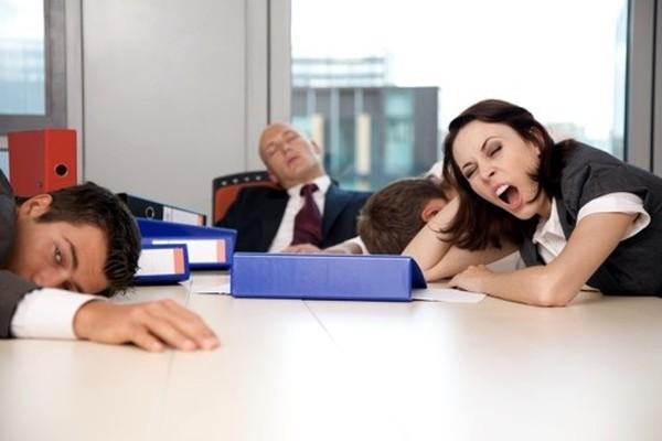 Чтобы работа давалась легче, нужно больше думать о приятном и вставать раньше