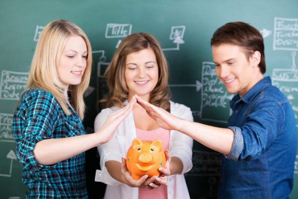 Выпускникам по-прежнему не хватает практики в процессе учебы