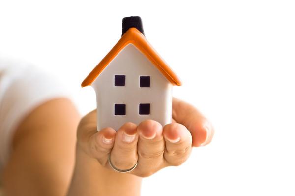 """В новом законе о налогообложении объектов недвижимости есть """"лазейка"""" для богатых"""