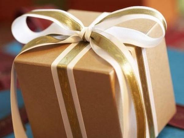 Сколько украинцы готовы потратить на новогодние подарки?
