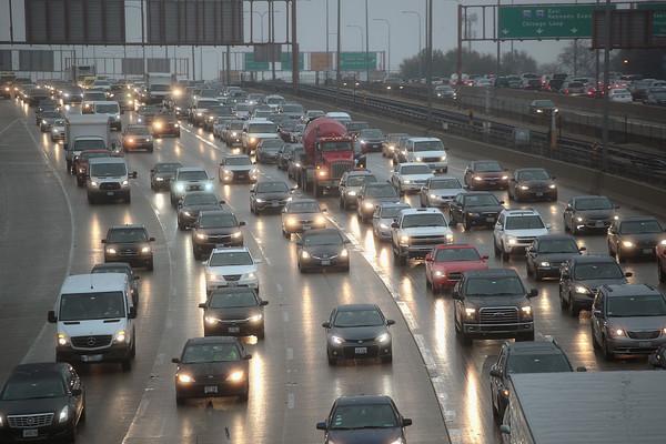 Вынь да положь - чиновники обязали водителей платить по 25 тысяч гривен