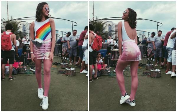 Подруга Неймара появилась на карнавале в откровенном наряде