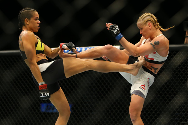 Ultimate Fighting Championship (UFC) Crop?v2=1&w=600&h=0&url=http%3A%2F%2Fsport.img.com.ua%2Fb%2Forig%2F2%2F29%2F9052ea3d890a17b43b23180626062292