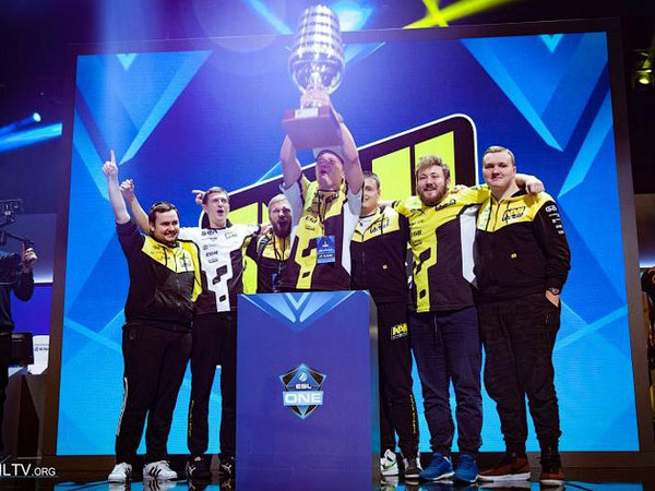 Победители ESL One New York 2016 - команда Na'Vi