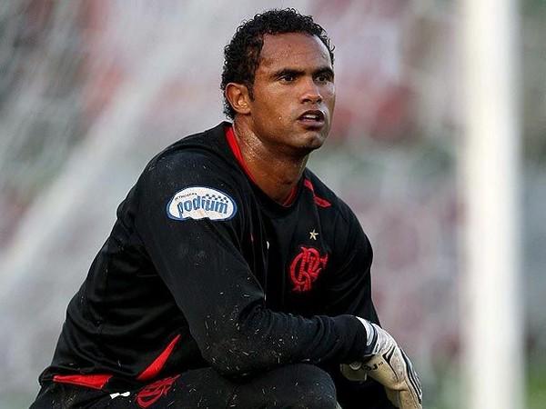 Бруно вернулся в футбол