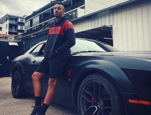 Ник Кирьос и его дорогой автомобиль