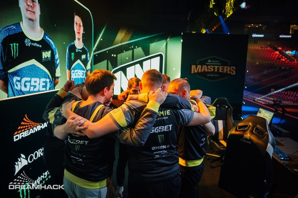Na'Vi после поражения в полуфинале Dream Hack Masters Malmo