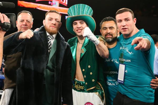 Макгрегор сопровождал на ринг ирландского боксера