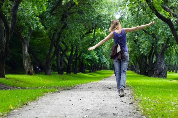 Скорость ходьбы влияет на развитие болезни Альцгеймера