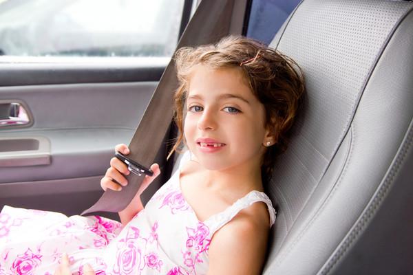 Можно предложить ребенку пососать дольки лимона во время дороги