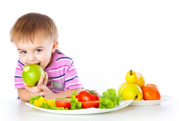 Картинки по запросу малюнки діти їдять