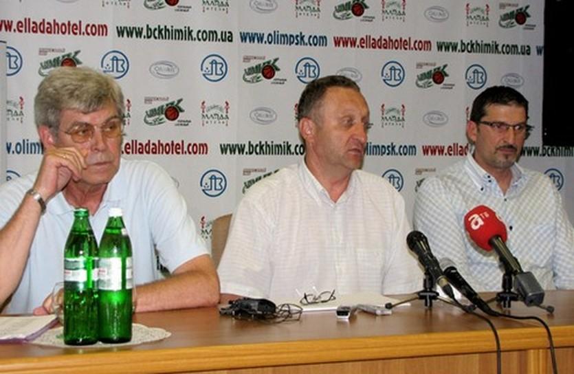 """Воронин, Назаренко, Калпич. Фото """"Время Спорта"""""""