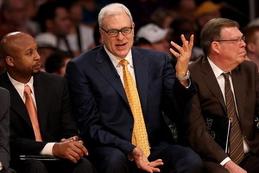 Брайан Шоу (слева), AP