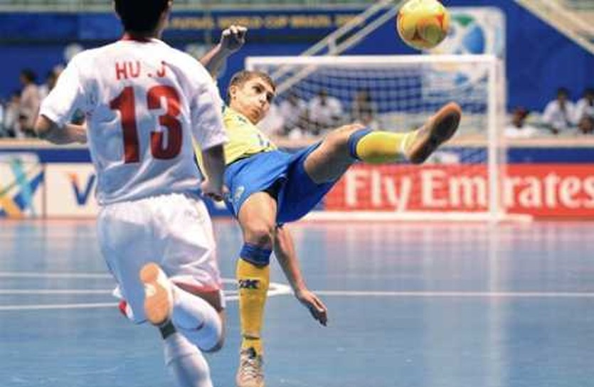 Дмитрий Сильченко в форме сборной Украины, fifa.com