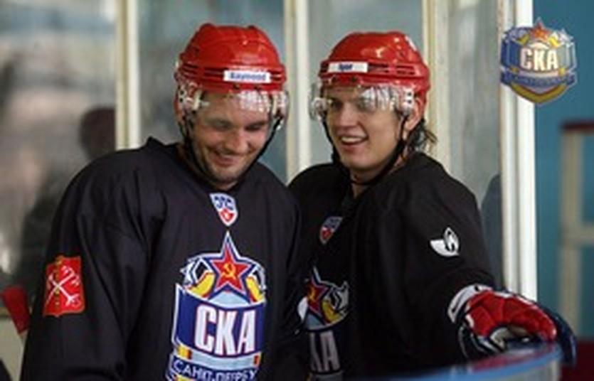 Игорь Макаров (справа), diary.ru