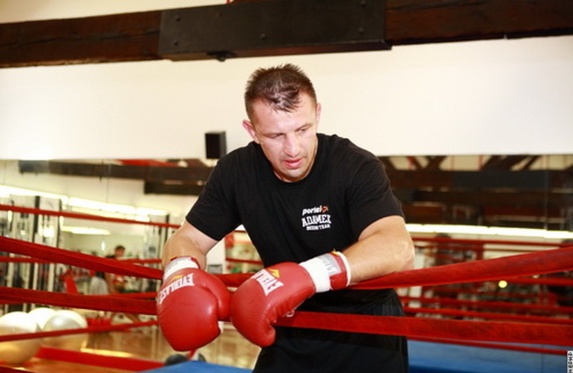 Томаш Адамек, boxingscene.com