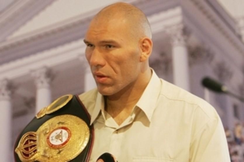 Николай Валуев, АР