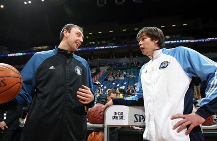 Из двух украинцев в НБА может остаться только Фесенко, AP