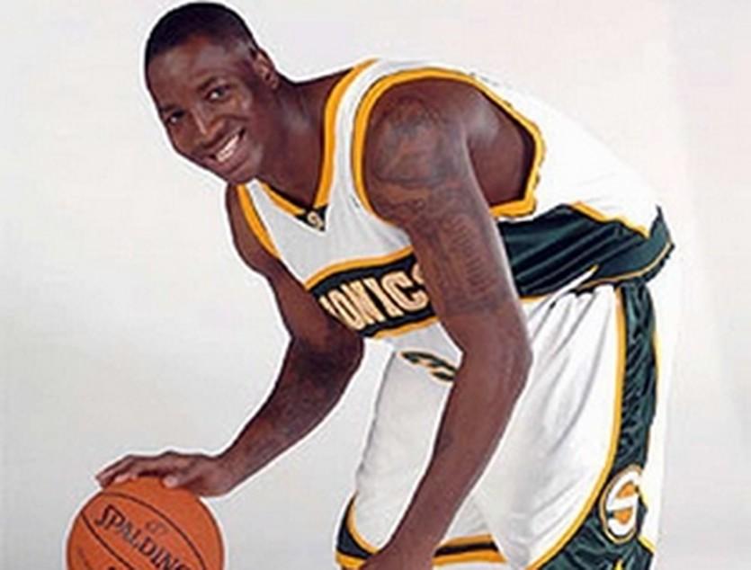 В НБА Аделеке поиграть не судилось, nba.com