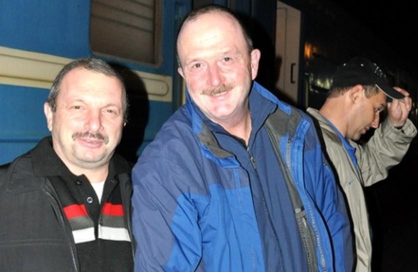 Дэйв Льюис (справа) и менеджер сборной Григорий Грушецкий. Фото ФХУ