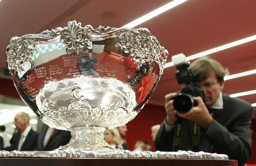 Трофей Кубка Дэвиса, Reuters