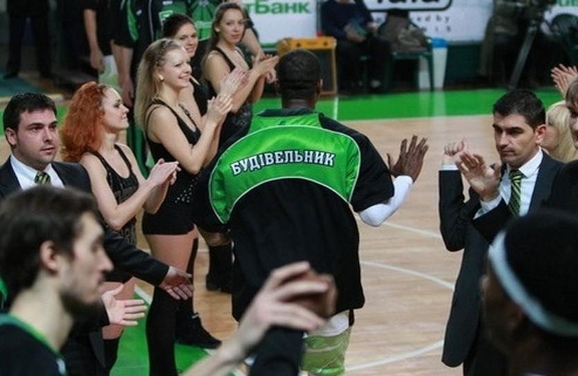 Новые лидеры чемпионата, фото БК Будивельник
